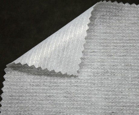 Neaustinis klijinis audinys (flizelinas) sp. balta EE6035/90