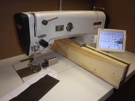 Automatinis siuvimo įrengimas PFAFF 2481-3/01-980/30 BS