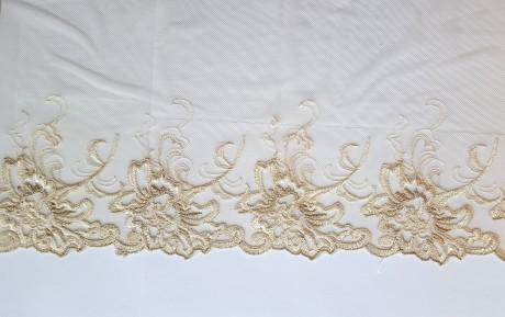 Dekoratyvinė juosta išsiuvinėta ant tiulio 1760, sp. kreminė
