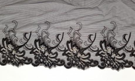 Dekoratyvinė juosta išsiuvinėta ant tiulio 1760, sp. juoda