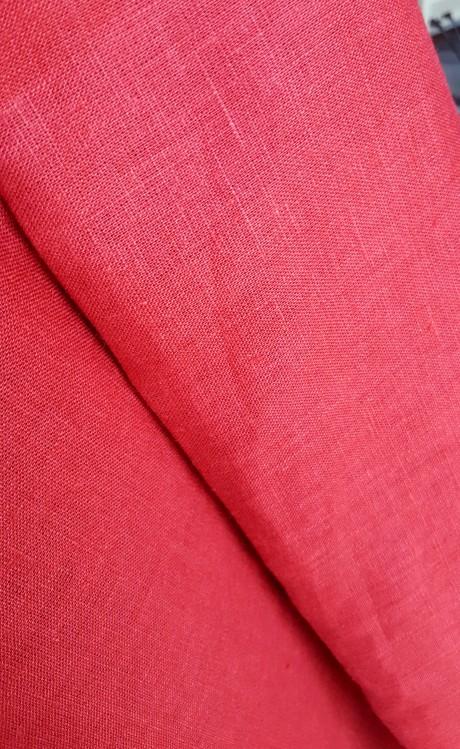 Lino audinys drabužiams, namų tekstilei, atraiža 142 cm, raudona 4c33