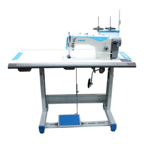 Tiesiasiūlė siuvimo mašina Jack A2